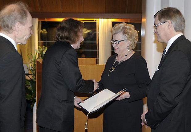 Tunnustuspalkinto_2012